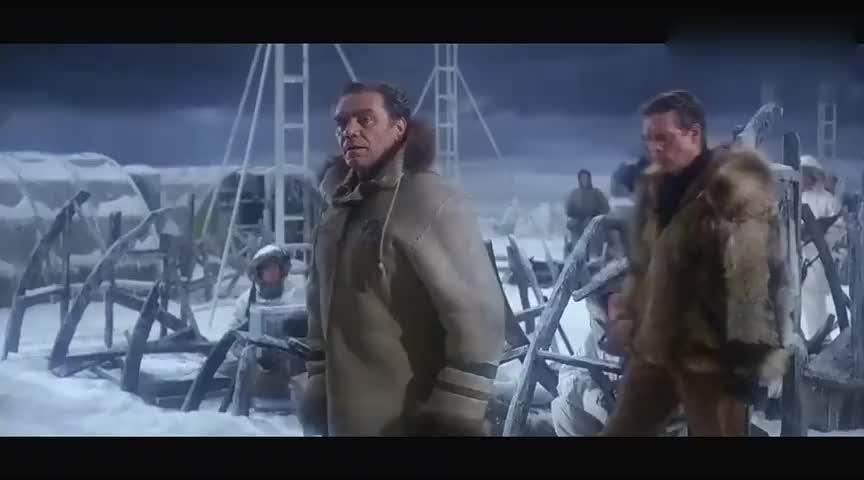 一部冷战时期的经典谍战电影美苏两军在争夺间谍卫星胶片