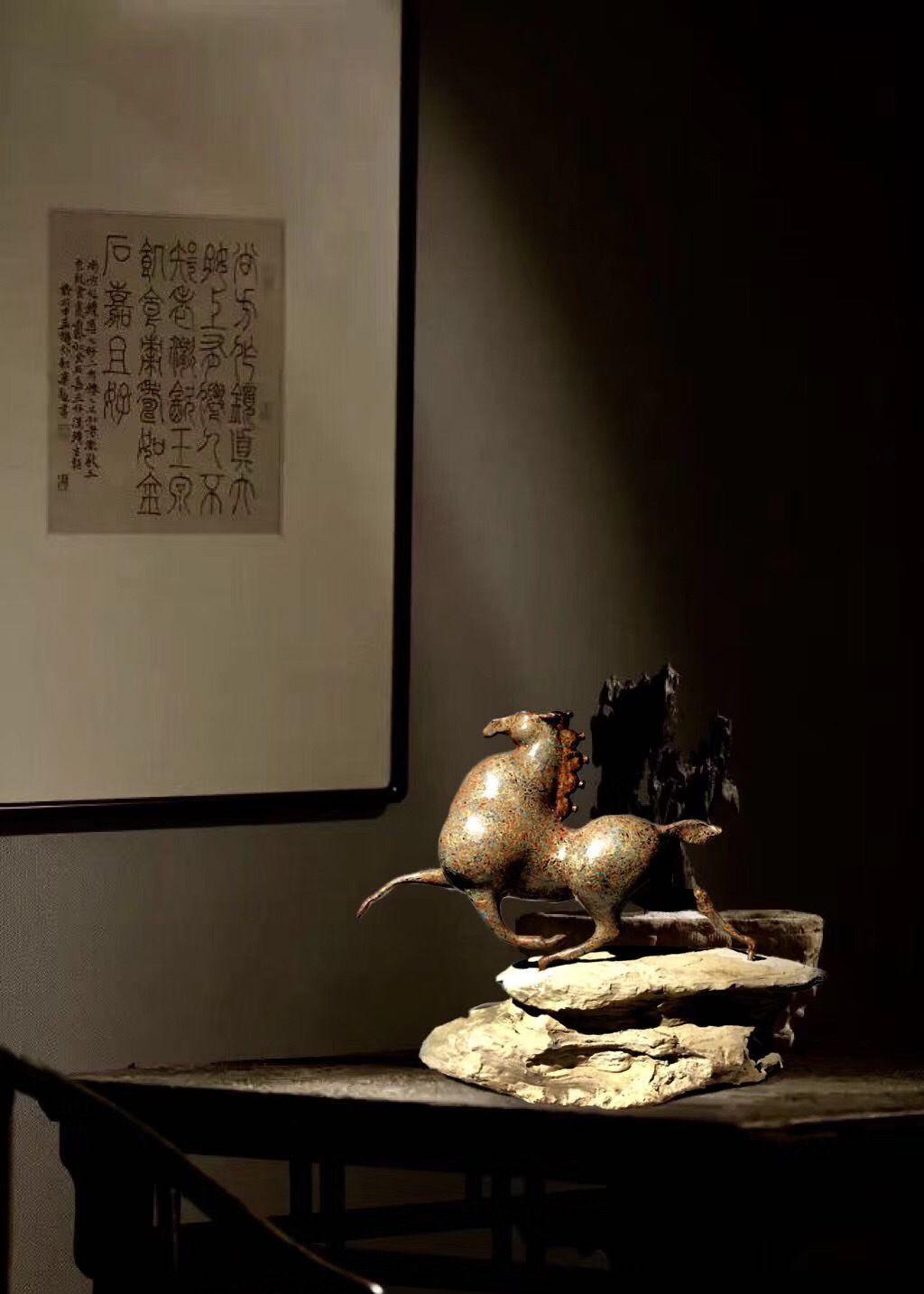匠心之作中国传统工艺青铜雕刻大漆一马平川