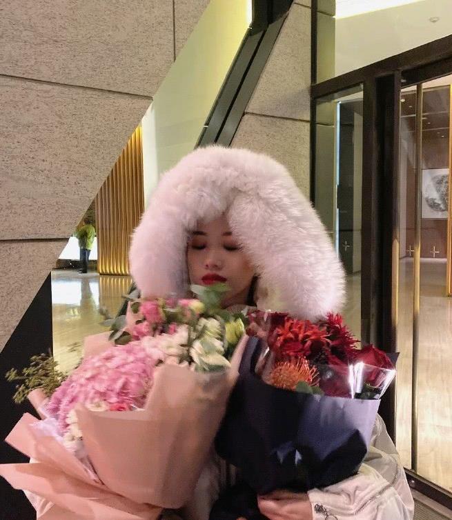 少女阿沁一夜之间变单身富婆王姐,阿沁和刘阳分手后心态挺好