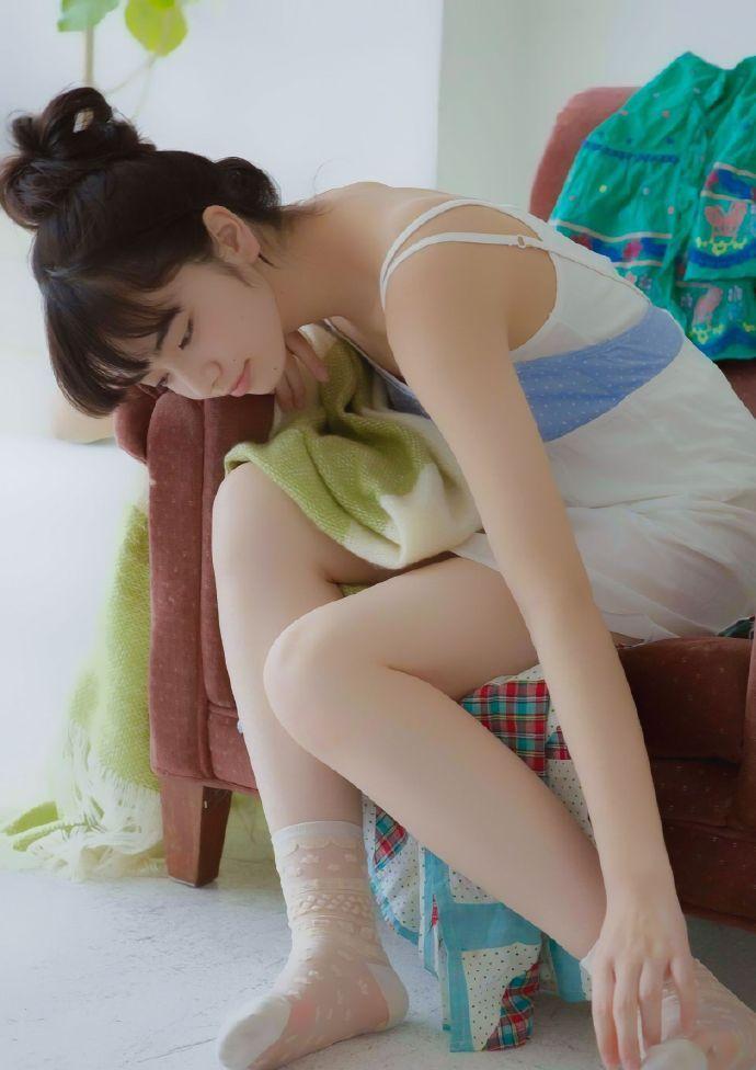 小松菜奈 居家少女风