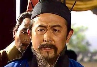 卧龙凤雏得一可安天下,刘备却战败了,水镜先生:我难道说错了?