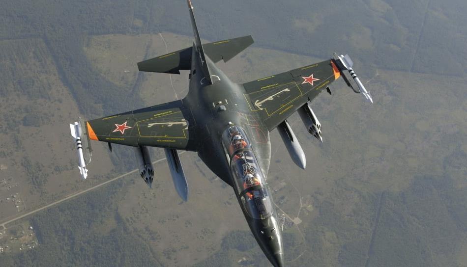 要买雅克130吗?俄罗斯称想要啥性能都能满足 改成战斗机也行