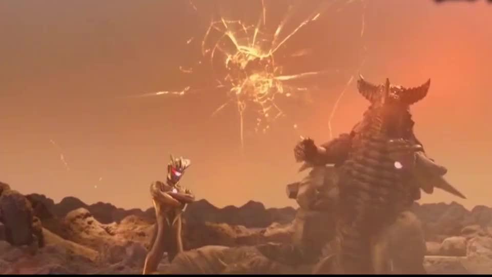 赛罗奥特曼赛罗对战黑暗赛罗盗版的也挺强可惜了一个行星