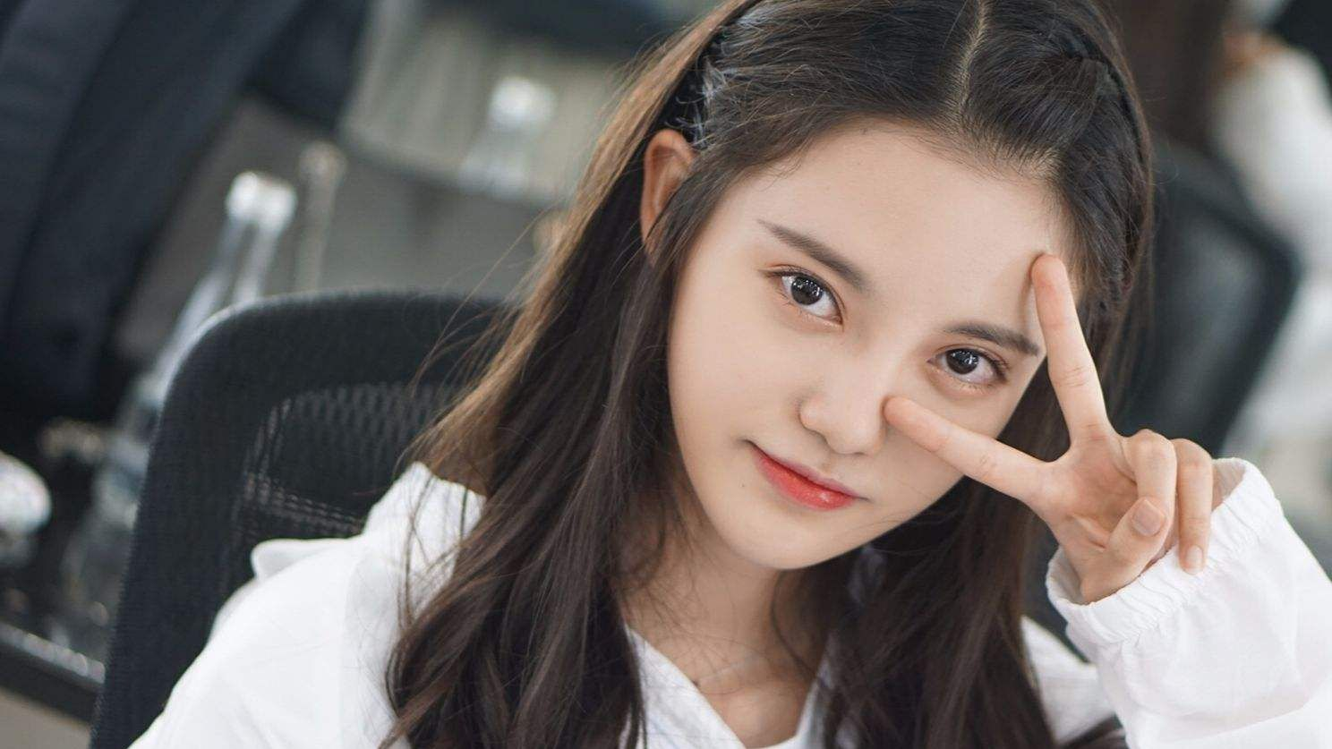 她被誉为2019年最美艺考生,网友:颜值不输杨颖