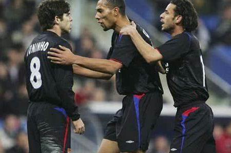 法甲7冠王里昂鼎盛时期最霸气的一场比赛 终场扑点伯纳乌逼平皇马