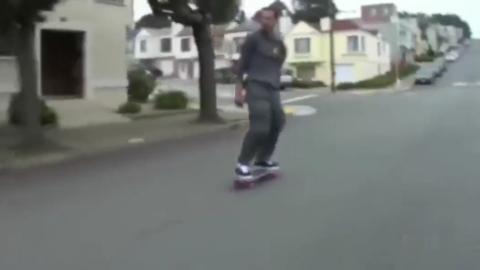 滑板:滑板下坡挑战,非专业滑板手切勿模仿!