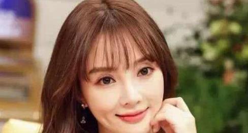 李小璐正式复出,新剧开播李小璐自己宣传,网友:这脸不想看