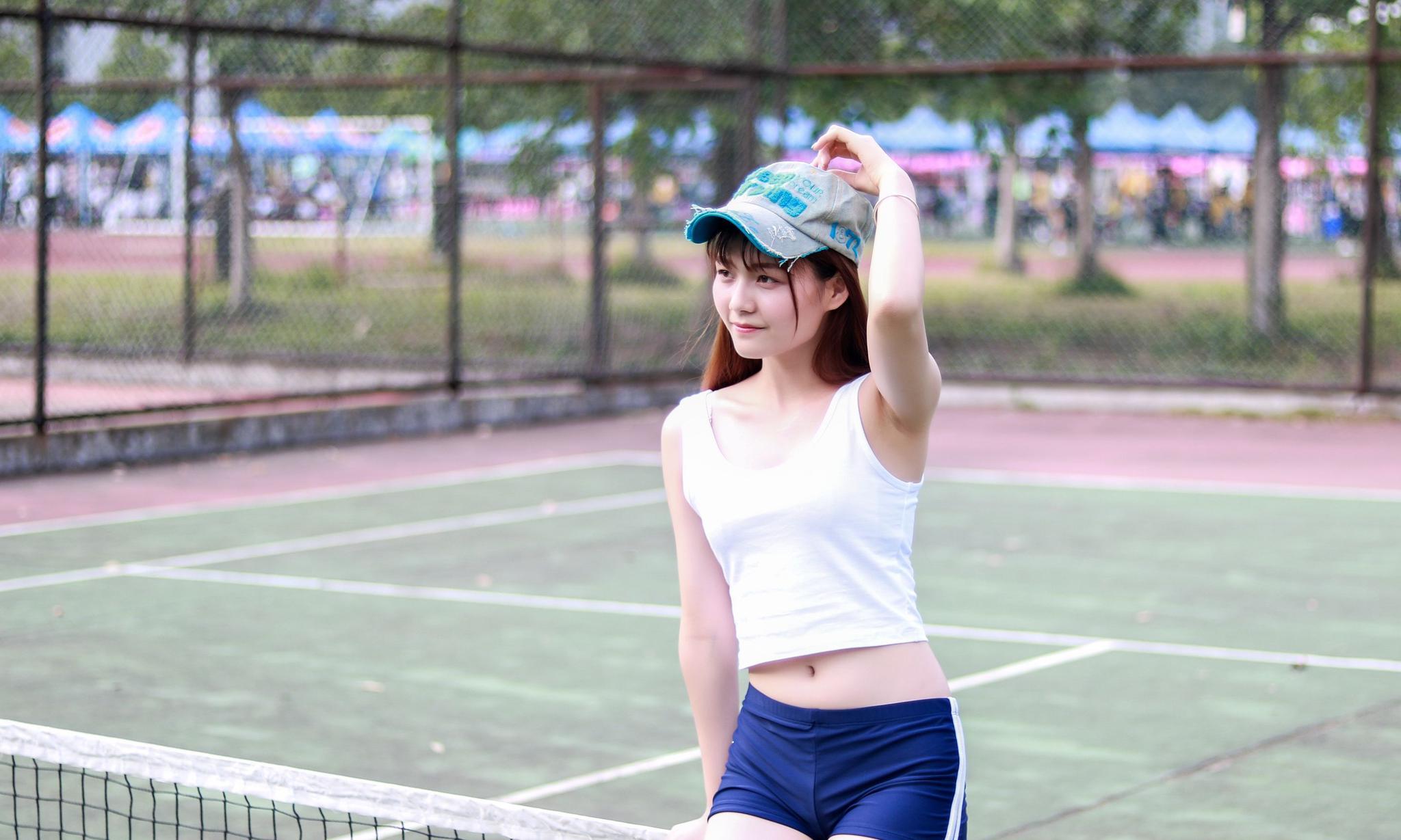 人像摄影 爱打网球的漂亮妹子,好身材就是这么打出来的
