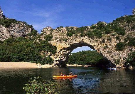 漫长的时光,雕刻而成全球七大天然石拱门桥 中国有3处