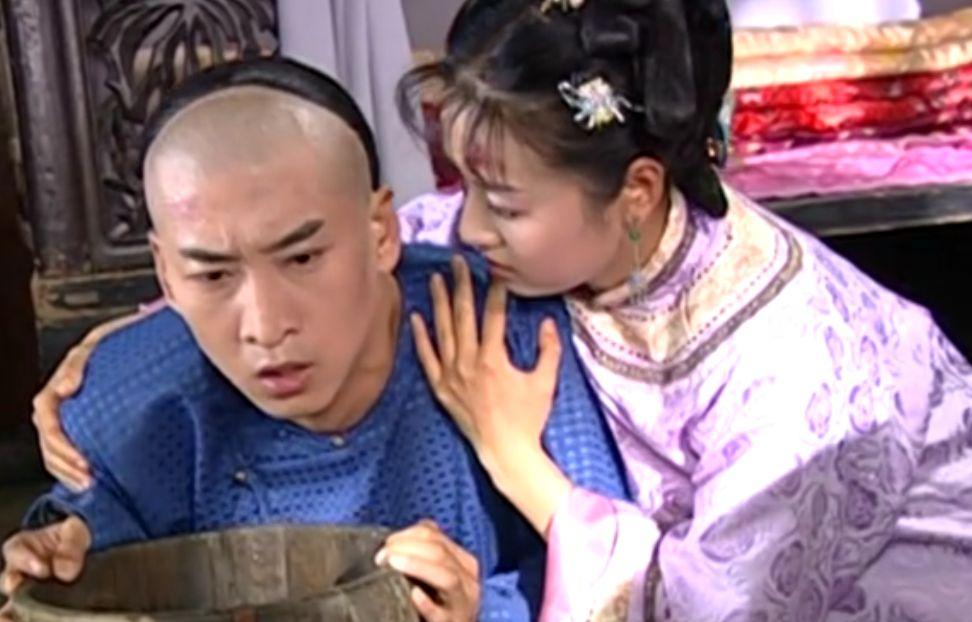 晴儿说尔康是个最完美的男人,紫薇哭了,不是因为吃醋,而是感动