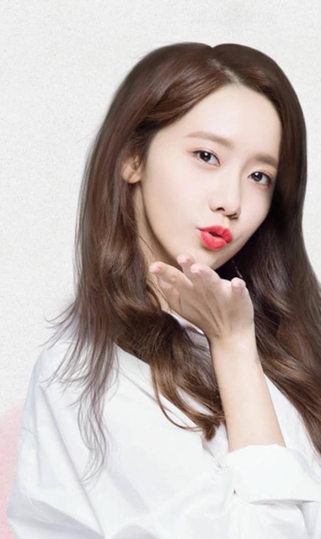 CNBLUE成员李宗泫吃女星豆腐!少女时代允儿、AOA慧晶均受害!