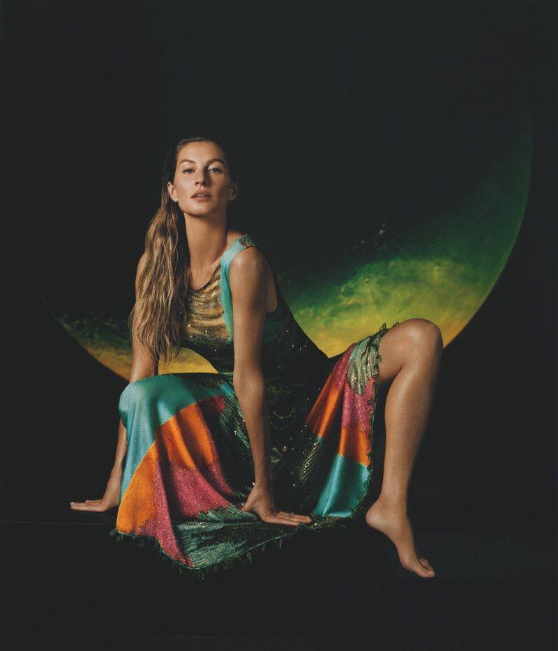 世界名模吉赛尔·邦辰出山拍摄广告大片,表现力是否依旧能打?