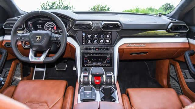 号称最快的量产SUV!内饰采用飞机驾驶舱布局,真正的梦想座驾