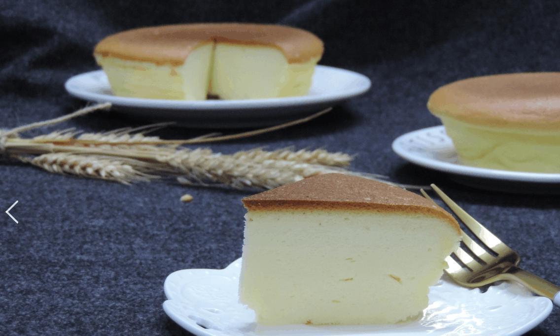酸奶也能做蛋糕, 试试这个吧, 原味酸奶蛋糕。