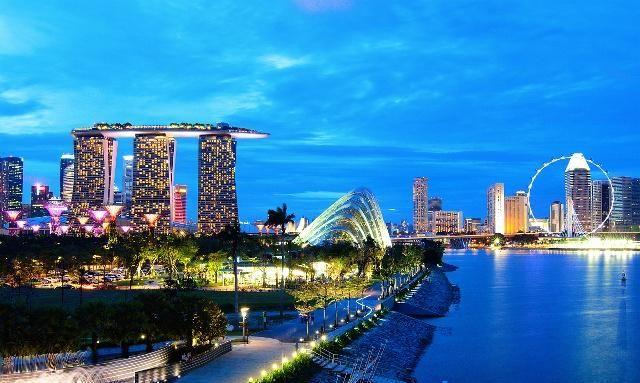 新加坡夜景,霓虹的灯光,让人心旷神怡