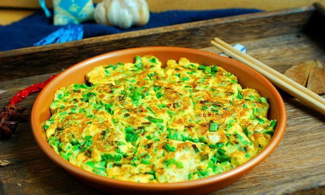 不能撒发芽的大蒜,使这道菜太新鲜,孩子们争着吃,不必刷盘子