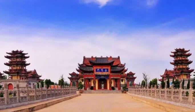 亚洲最大的寺院就在河南,世人却只知少林寺,可惜了!