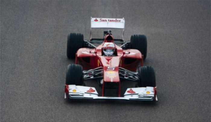 法拉利车队颜色靓丽,高配置赛车惹人爱,你见过吗