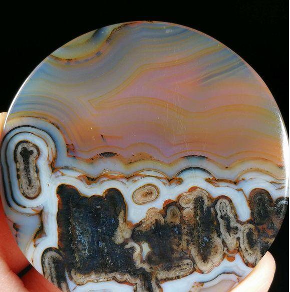 有收藏与投资价值的玛瑙天然图案石,质朴与美丽共存,欣赏奇石