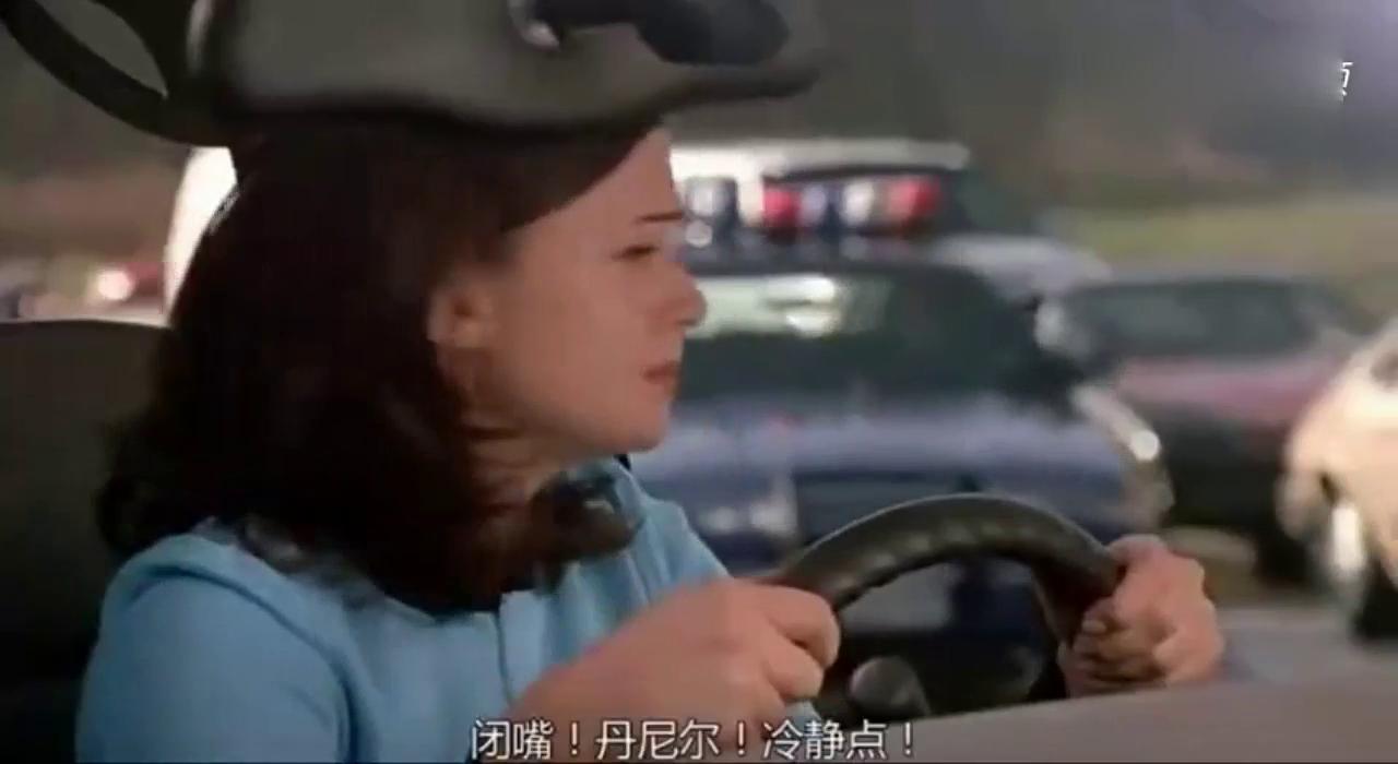 交警要是放这个东西警示司机 绝对没有人有胆违规驾驶,好办法