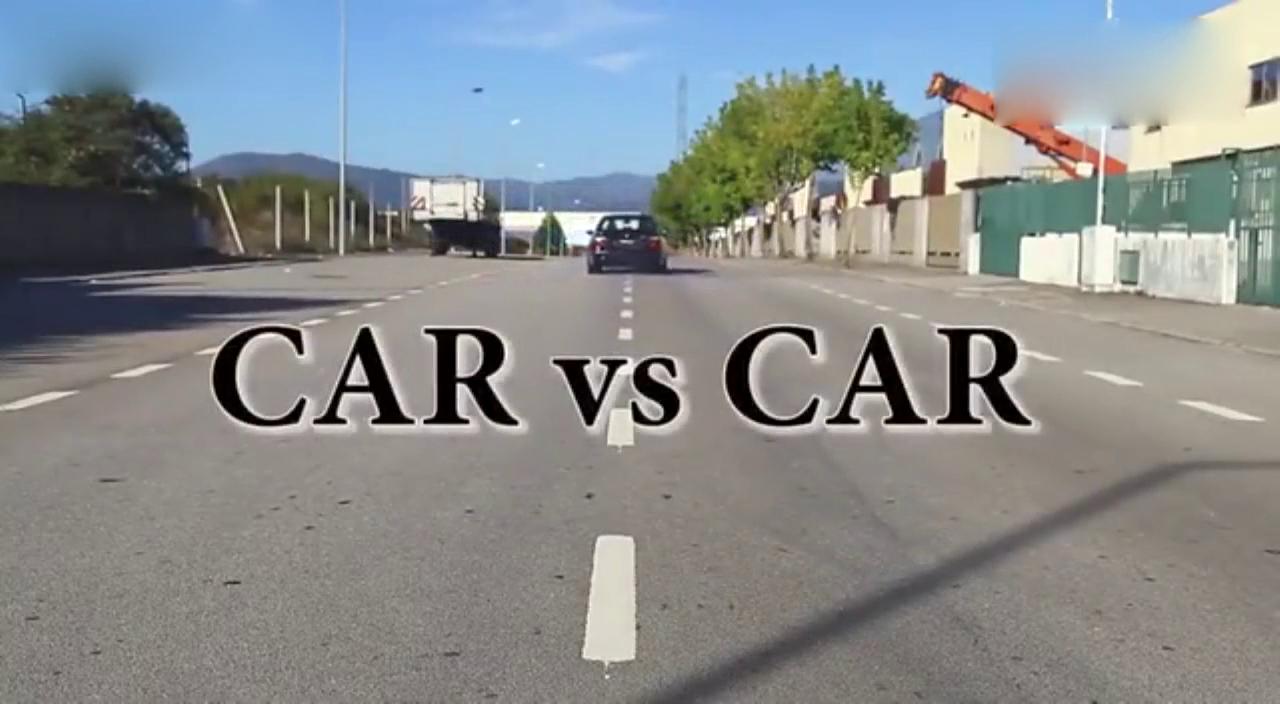 视频:全方位对比 GranTurismo-捷豹XKR-S