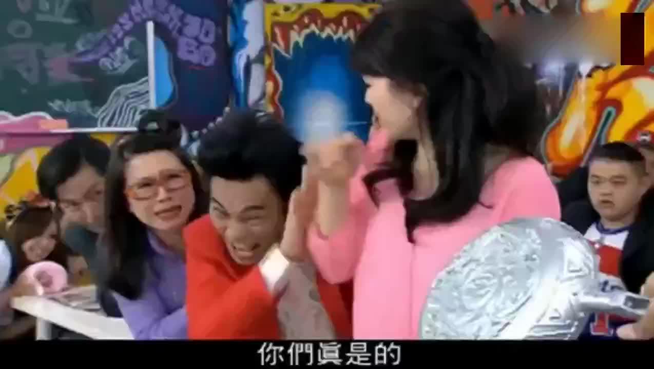 汪大东被强迫退学当他拿出锅子的一瞬间校长怂了
