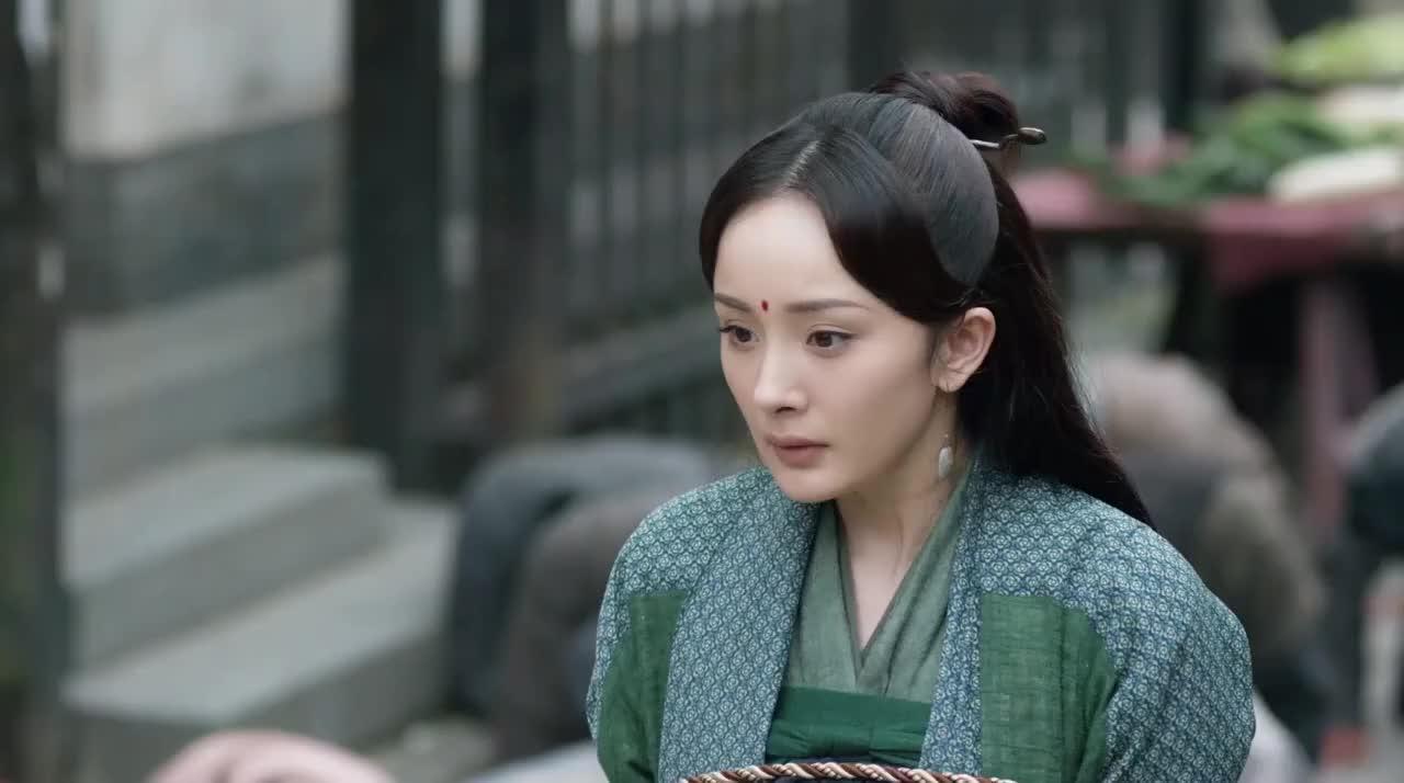 三生三世十里桃花神龙出手救了白浅后众人对她的态度立马变了