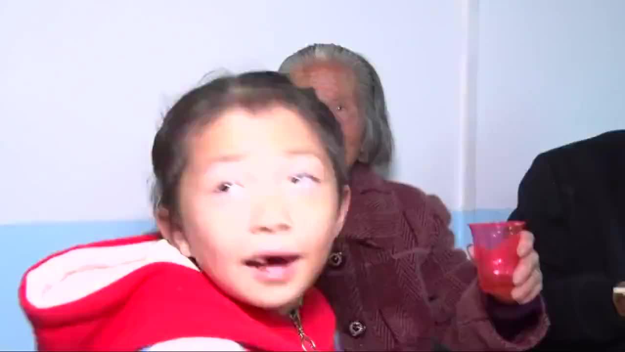 湖北农村3个儿子打工常年不在家妈妈80岁寿宴根本没客人