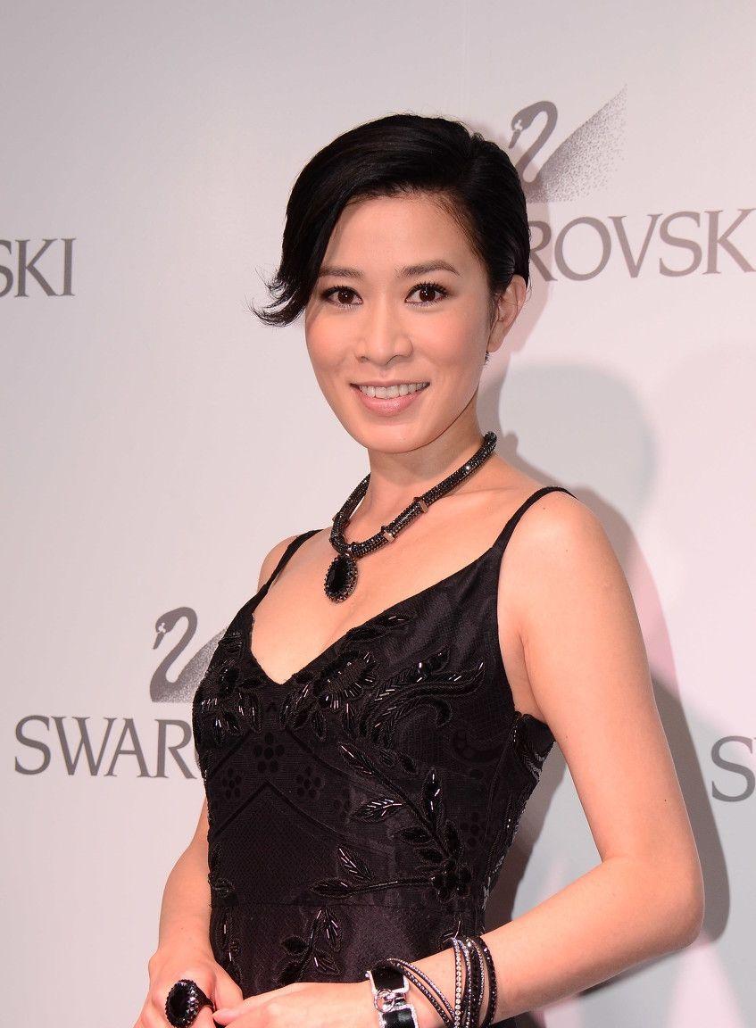经历了香港电影的巅峰和衰落,堪称是一部人类衰老史了
