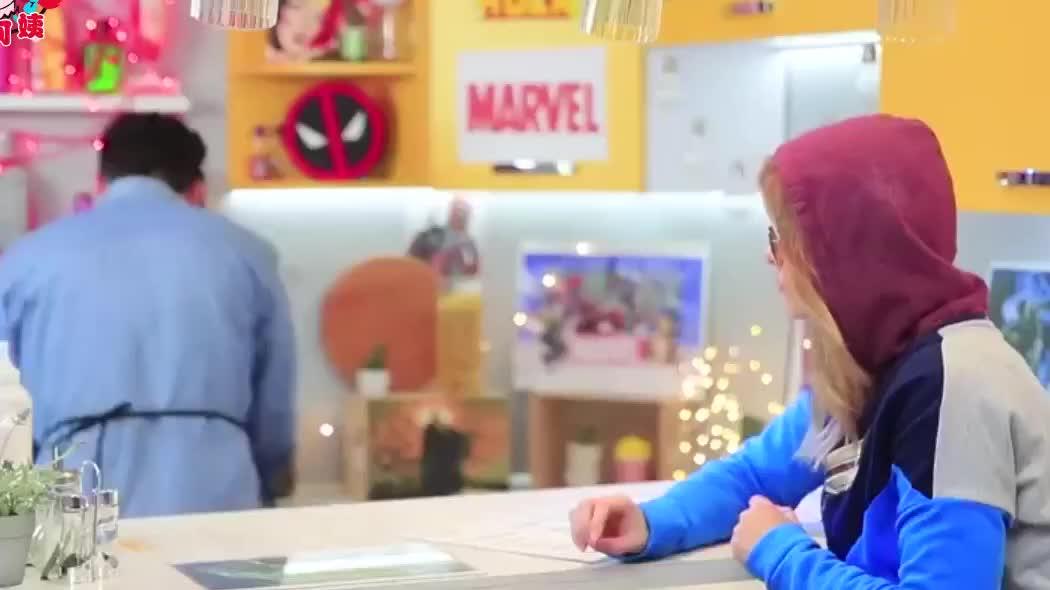 趣味食物恶作剧,超级英雄DIY可食用的彩虹色汉堡包,敢不敢吃