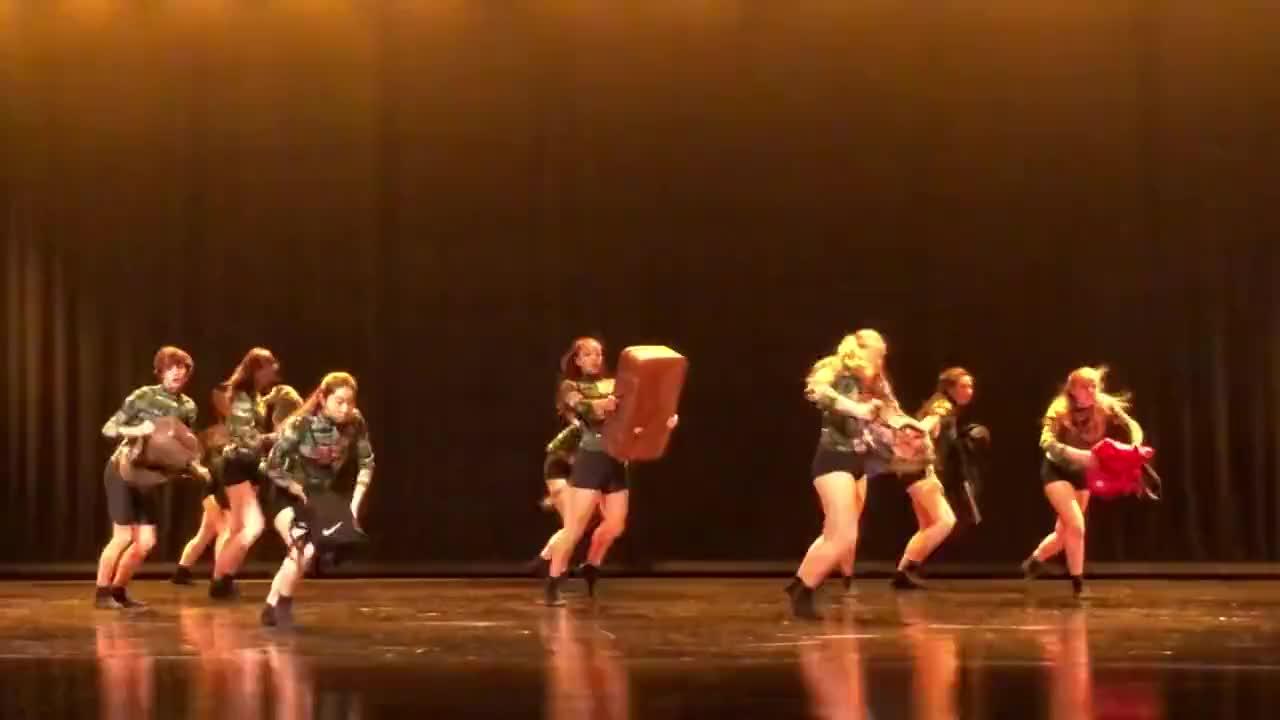 高中生舞蹈也算体育北京国际学校