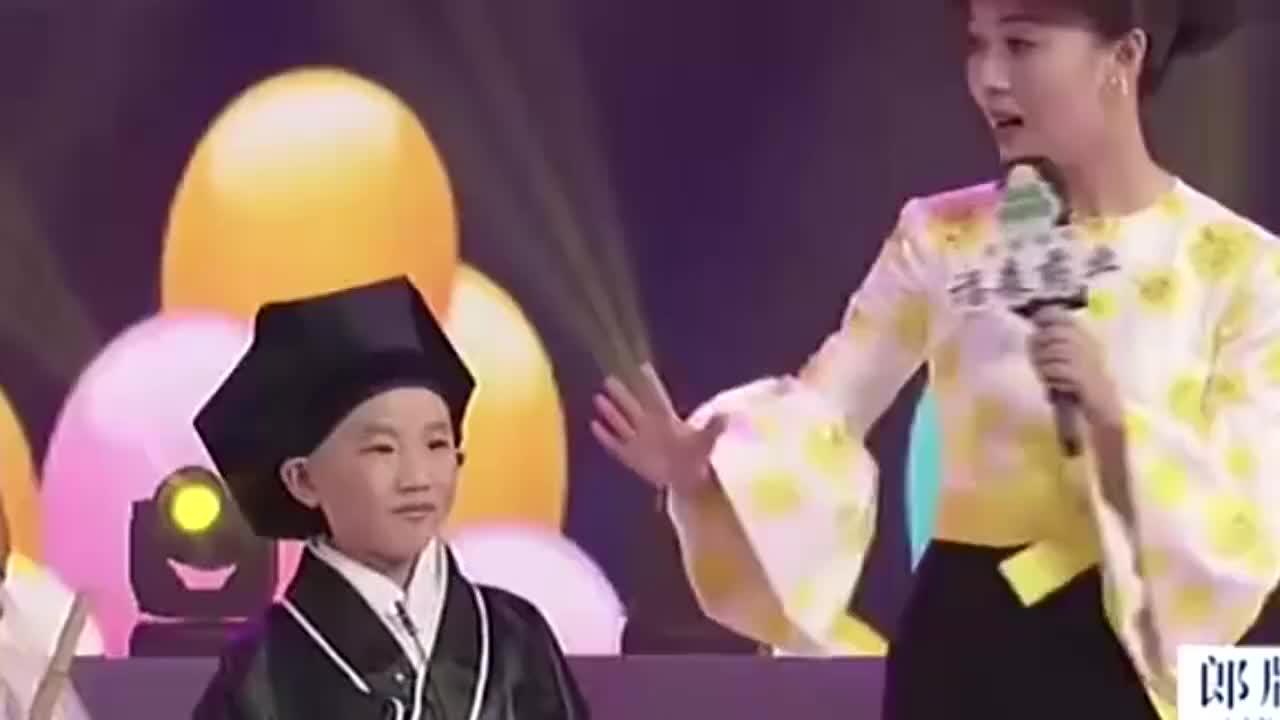 梨园春来了全明星阵容70岁的刘忠河拿顶抢背一点不含糊