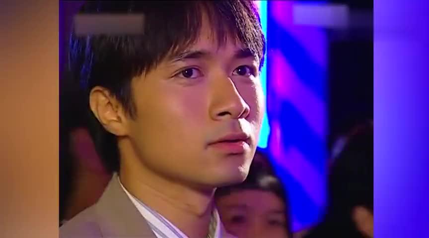 书桓杜飞为了挖新闻混进大上海歌舞厅不料书桓看到熟人