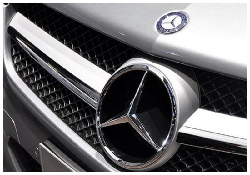 """80万买辆奔驰房车,结果是辆""""杂牌车"""",经销商:零件是奔驰的!"""