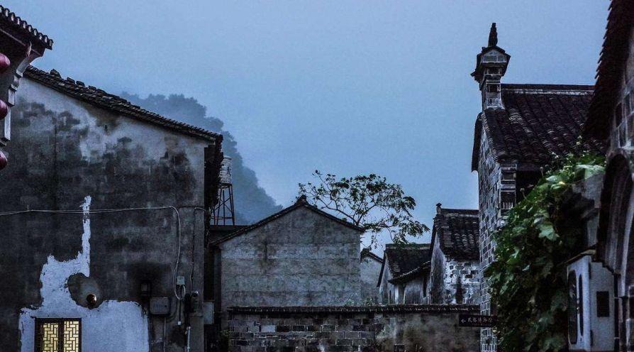 前童古镇:是江南最大的童姓聚居地,这里保存有完整的明清建筑群