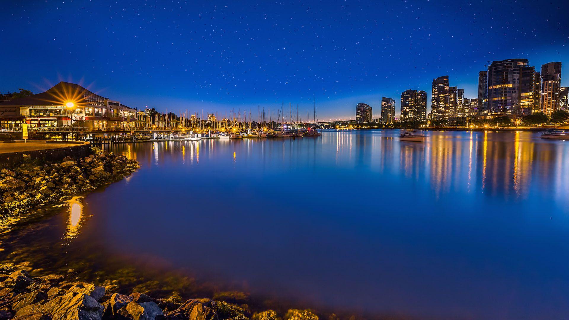 加拿大温哥华城市风景图片桌面壁纸,分辨率:1920x1200