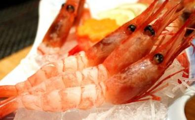 """全世界5种""""生吃更好吃""""的海鲜,吃过3种是""""大佬"""",你吃过几种"""