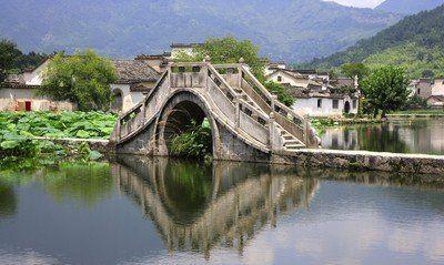 """宏村,被誉为""""中国画里乡村"""""""