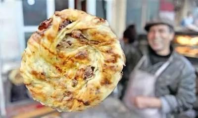 传说中的新疆肉馕,是烤包子的哥哥披萨的弟弟
