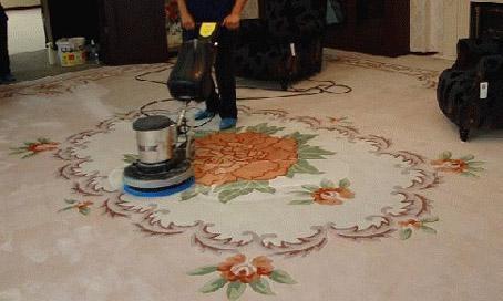 为你介绍4种好方法,教你如何清洗地毯