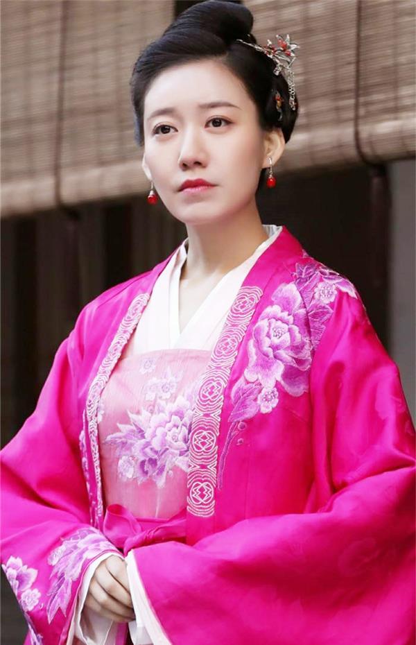 《刁蛮公主》司徒静不火,朱允不火,而配角的她却红的发紫