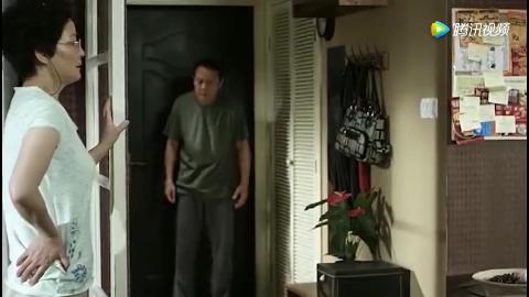 大男当婚:小强的父母逼着她放弃徐若云,只因他找到了家里