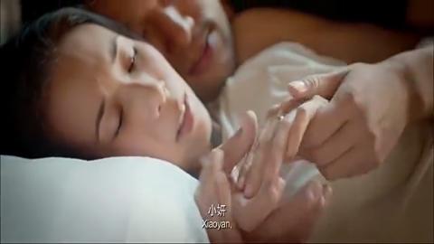 任小妍回想起自己的男朋友,醒来以后发现自己竟然在棺材