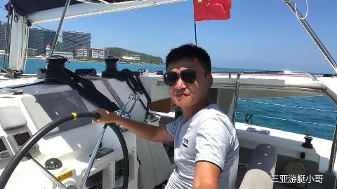 三亚小哥带朋友出海实拍船体内部带大家领略出海风景
