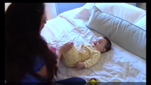 每天坚持做两分钟婴儿被动操 宝宝不仅收获健康 而且更加聪明!