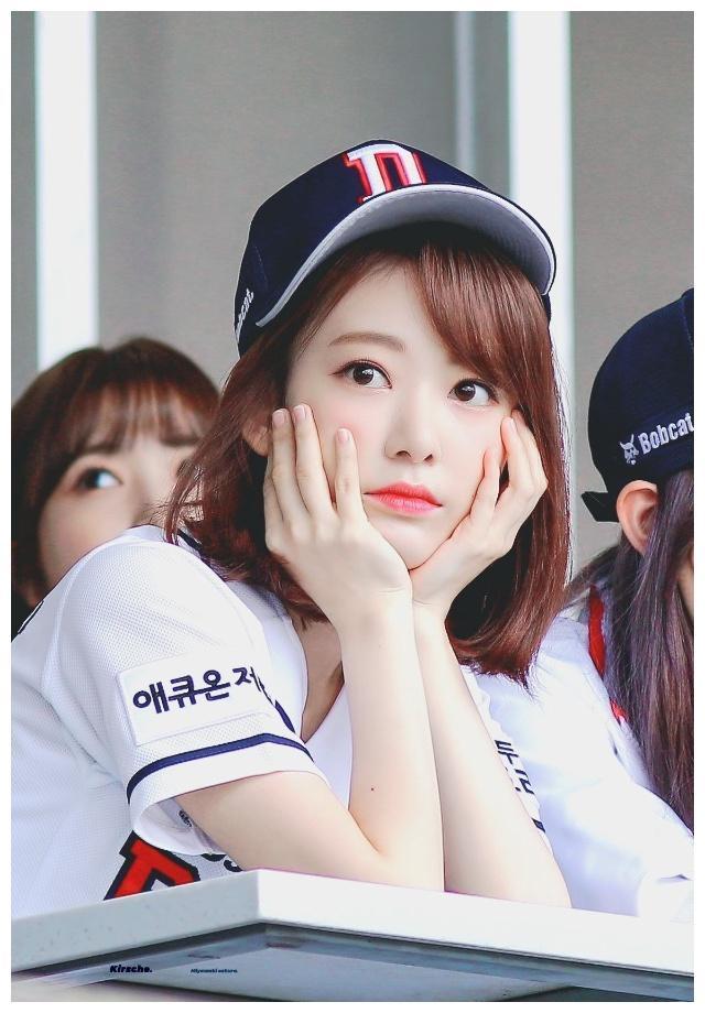 izone内部有矛盾小樱花参加综艺节目表示在韩国没有真心朋友