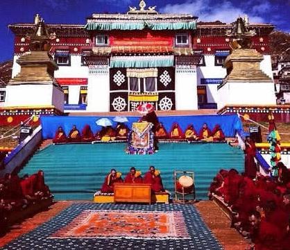 不管别处,西藏是一定要去的,去多少次都欣赏不完它的美!
