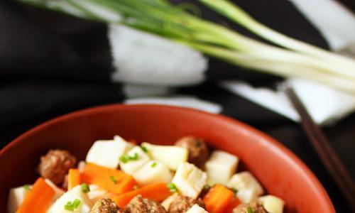 冬季进补多吃它,有肉有菜,营养简单又好吃,做一大做一大盆吃着