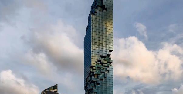 泰国第一高楼,外表就像被打上了马赛克,晚上开灯后惊艳众人