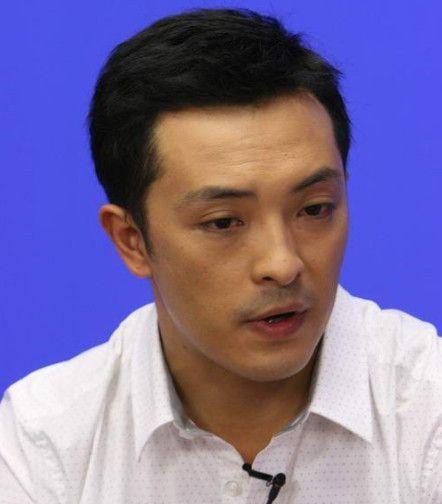 这个人被称为中国最穷影帝,至今未能在北京买起一套房子!